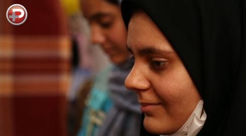 کوچک ترین میلیاردر ایرانی در شب تولدش، غافلگیرانه ترین لحظه زندگی این دخترهای زیبا را رقم زد/ویدیویی تکان دهنده از روزگار دخترهایی که زلزله و سرطان، زندگی را به کام شان تلخ کرده بود