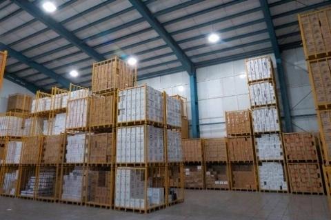 کشف یک میلیون و دویست و هشت هزار بسته پوشک بچه به ارزش تقریبی ۶۰ میلیارد تومان از انبارهای یک نفر!