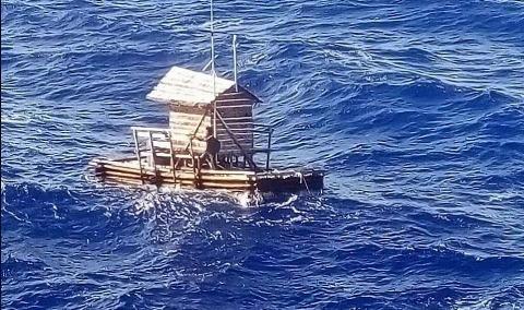 نجات نوجوان اندونزیایی پس از ۴۹ روز سرگردانی در دریا