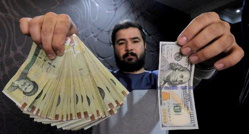 500هزار تومان دزدی از جیب هر ایرانی، نقشه دولت و مجلس برای ناکارآمدی بانک ها!/ راغفر کارشناس اقتصادی
