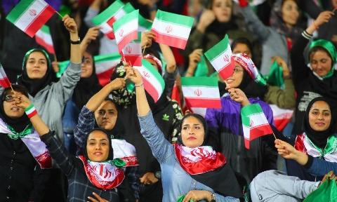 واکنش عجیب دادستان کل کشور به حضور زنان در ورزشگاه: حضور زنان در ورزشگاه آزادی یک آسیب است و هیچ توجیه شرعی ندارد، اگر بخواهد ادامه پیدا کند برخورد می کنیم