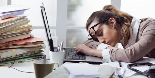 چرا هر روز و هر لحظه احساس خستگی می کنیم؟