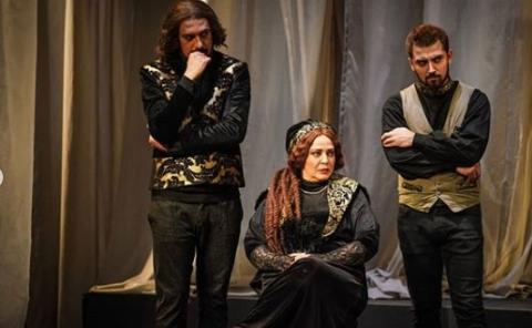 گزارشی از تئاتر شاه لیر