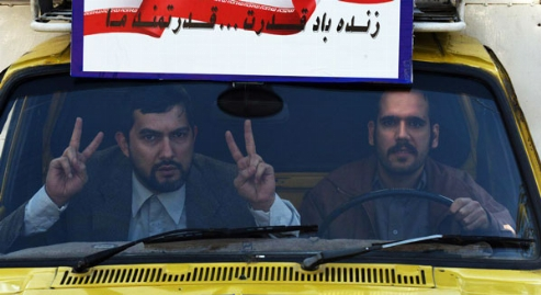 متلک سنگین و سیاسی جناب خان چشم در چشم جواد ظریف: وضعیت مملکت آنقدر خنده دار شده که هر روز می شود فیلم سیاسی - کمدی ساخت!/حاشیه های دیدنی اکران مارموز با دستپخت خالق مارمولک