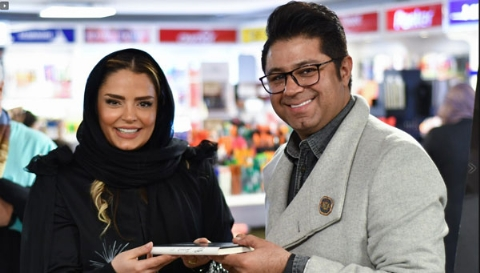 سورپرایز بزرگ بازیگر زن تلویزیون ایران برای شب ولنتاین: خصوصی ترین اتفاقات زندگی ام را کتاب شعر کرده ام/سپیده خداوردی از قاصدک سپیدش پیش چشم هنرمندان و طرفداران خود رونمایی کرد