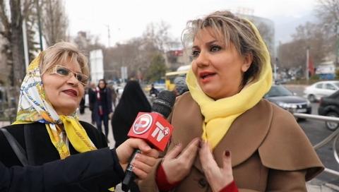 واکنش غیرمنتظره دختر ایرانی در میدان تجریش وقتی جلوی دوربین ها سورپرایز شد/ویژه روز مادر