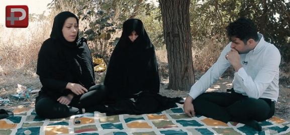 علی ضیا پای صحبت های تکان دهنده دختری که پدرش مفقودالاثر جنگ است اما با مادرش در پارک زندگی می کنند/بگوسیب قسمت بیست و سوم